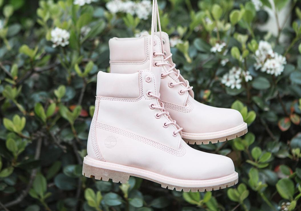 """Womens Pink 6"""" Boot"""